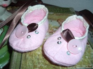 2008_0205newbornshoes0017